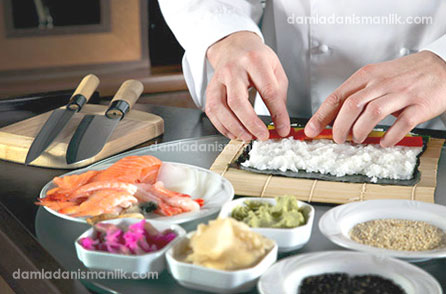 İstanbul 4.Leventte Yatılı Moldov, Gürci, Bulgar ya da Türk Aşçı Arıyoruz.